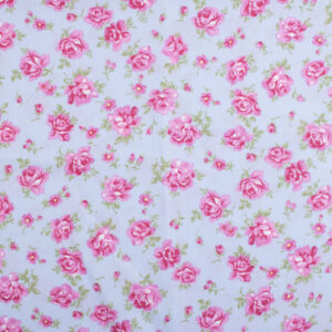 English Rose bandana voor honden met bloemenprint.