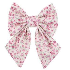 Oudroze hondenstrik met roze bloemetjes print. Girls editie. Handgemaakt in België en goedgekeurd door Beaux.